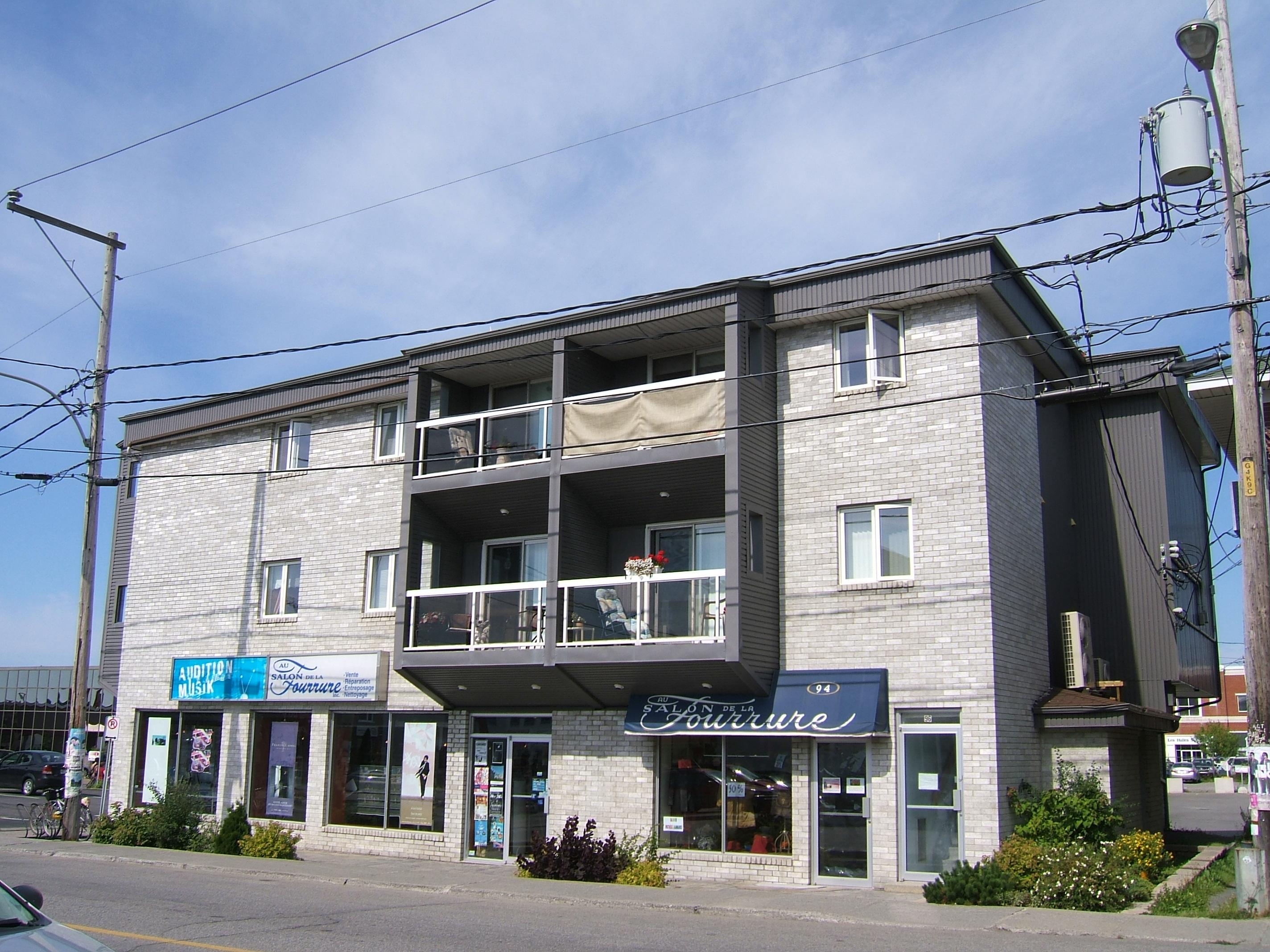 1175 - 94-96, avenue Rouleau