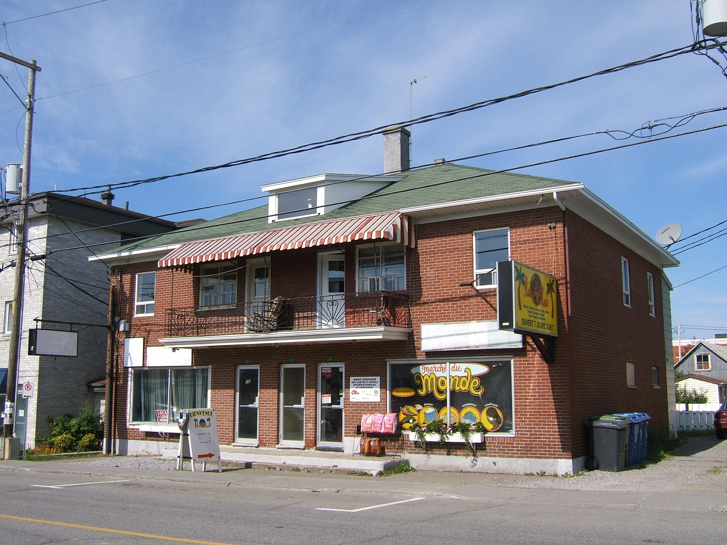 1176 - 100-104, avenue Rouleau
