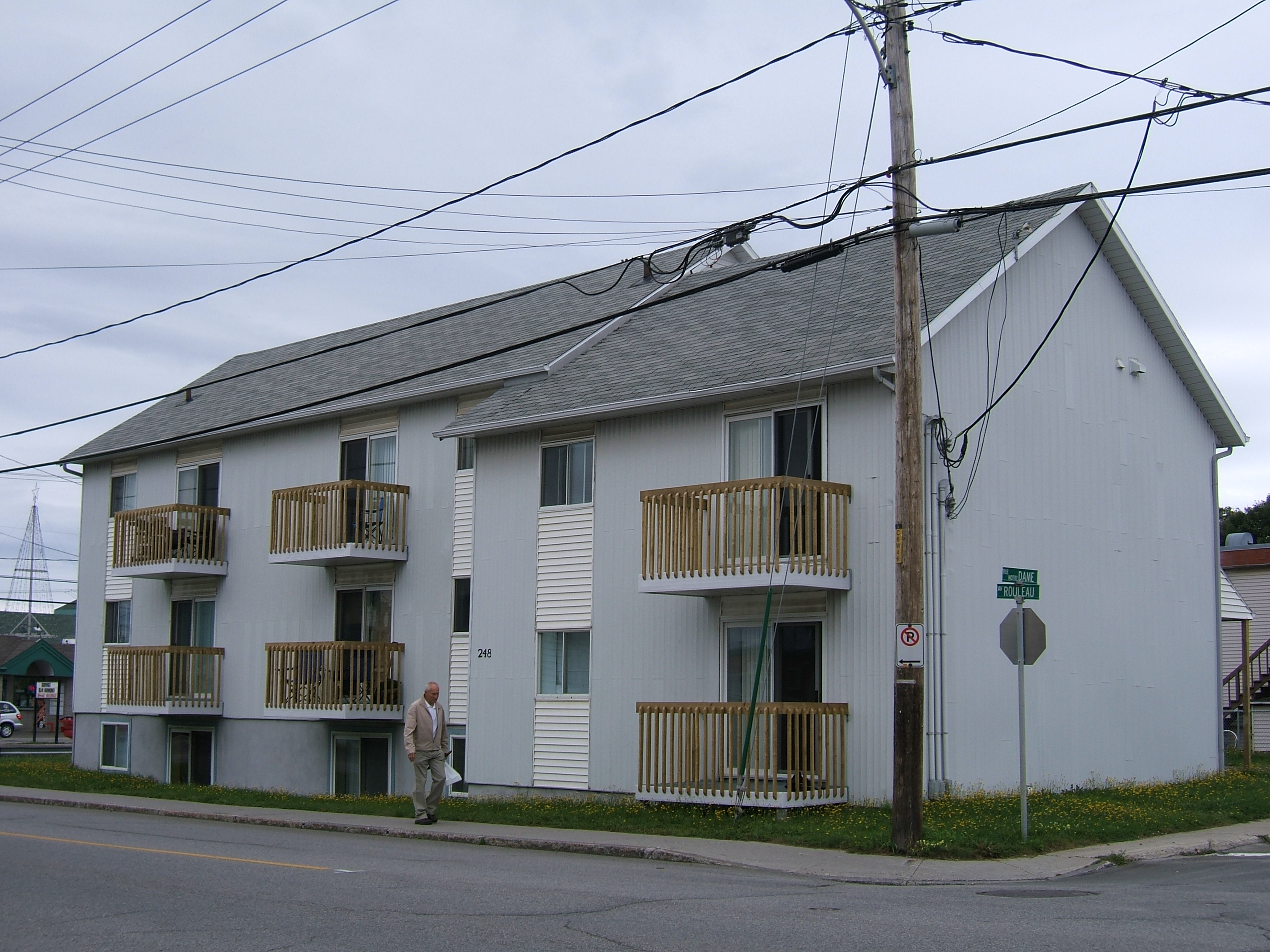 1186 - 248-250, avenue Rouleau