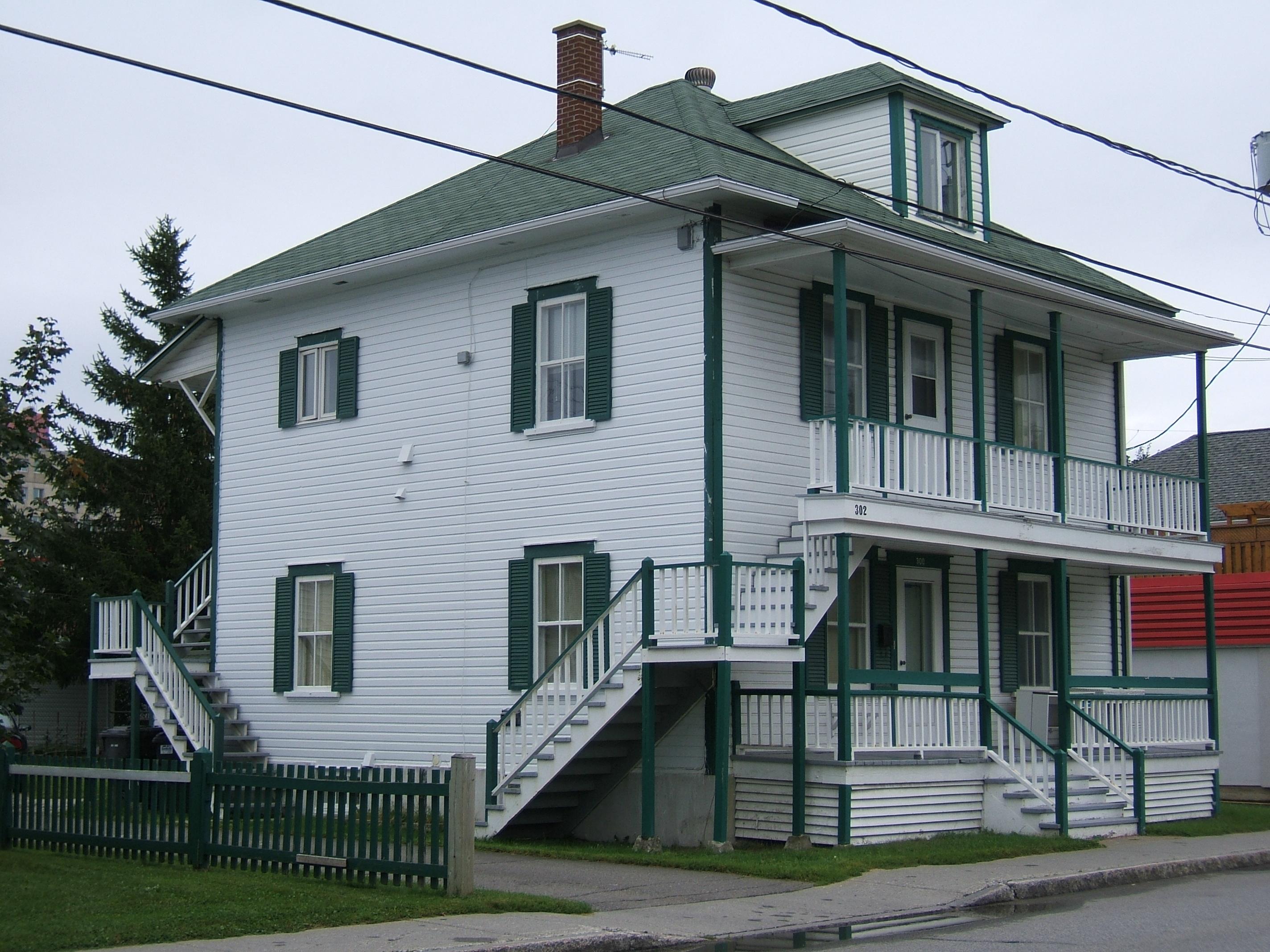 1194 - 300-302, avenue Rouleau