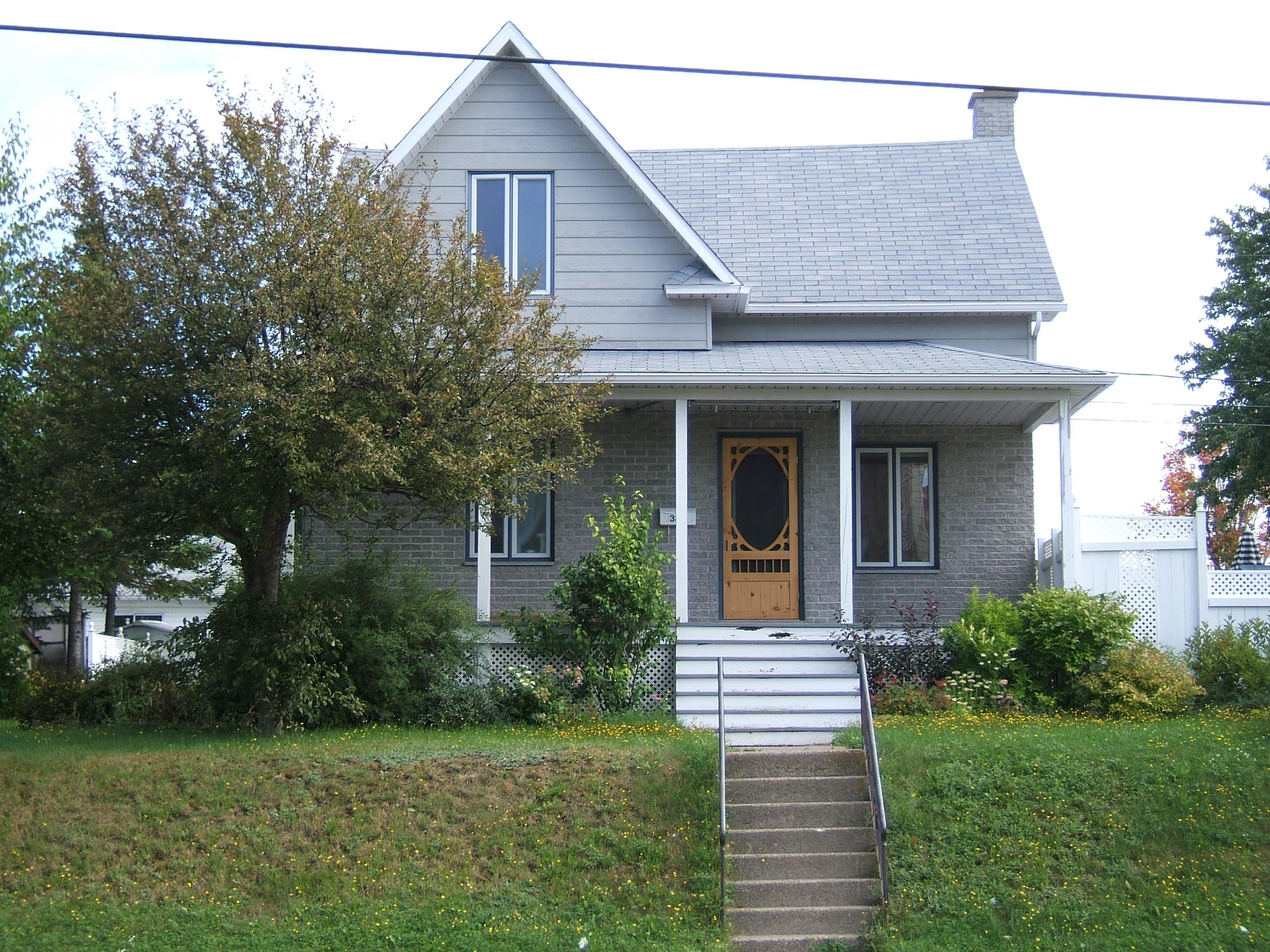 1200 - 332, avenue Rouleau