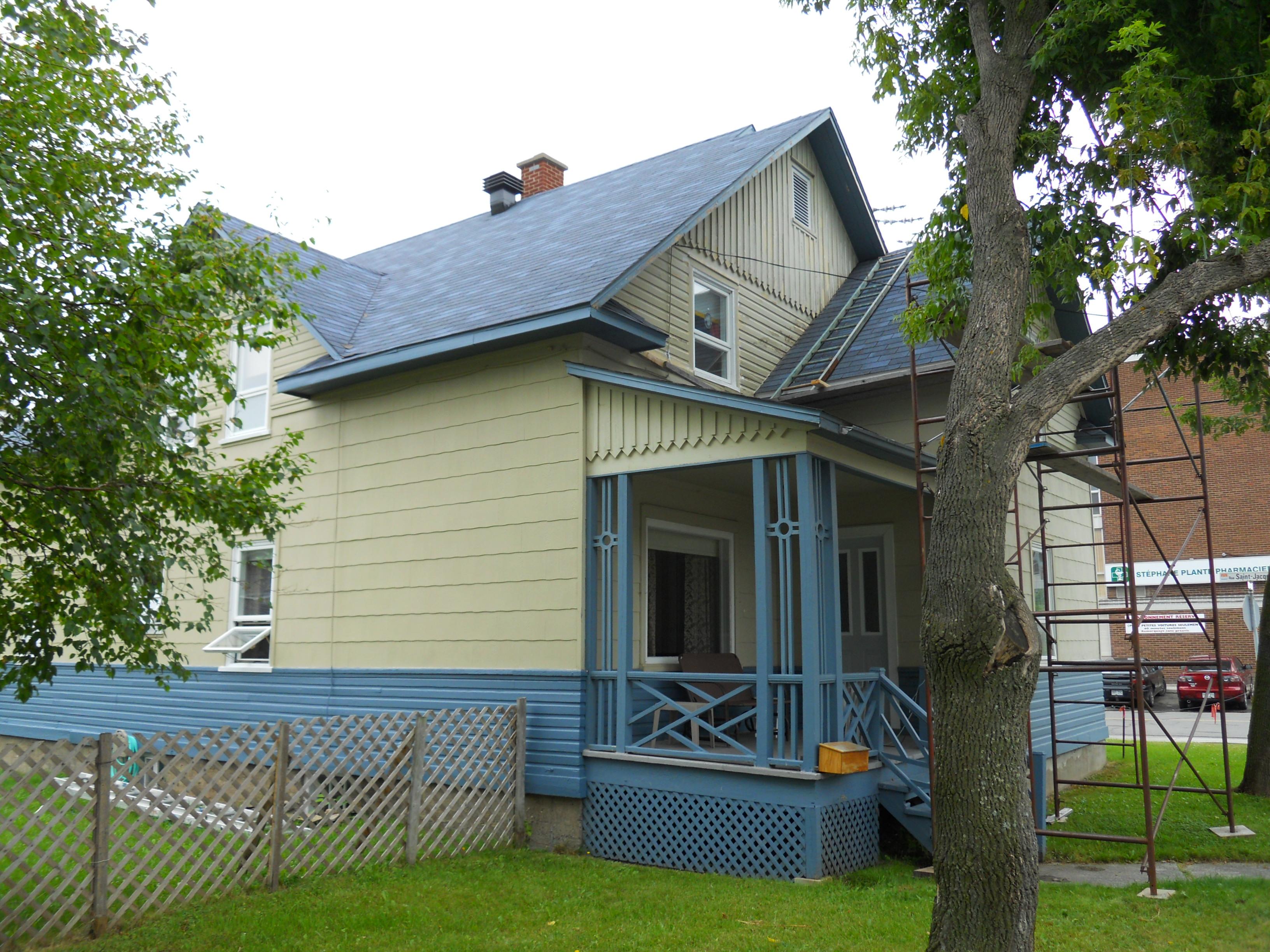 1227 - 169, avenue Rouleau