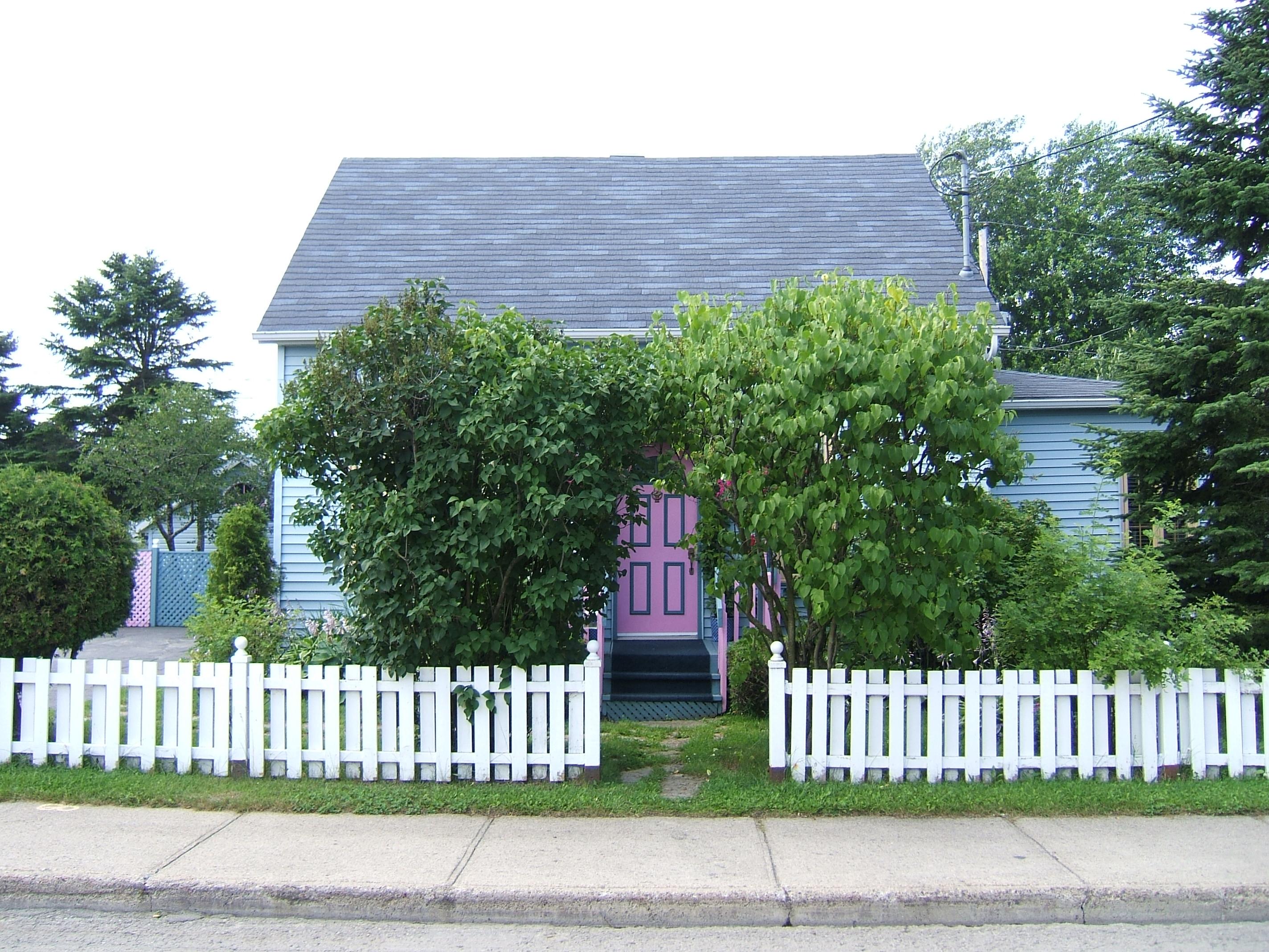 1585 - 311, avenue Ross