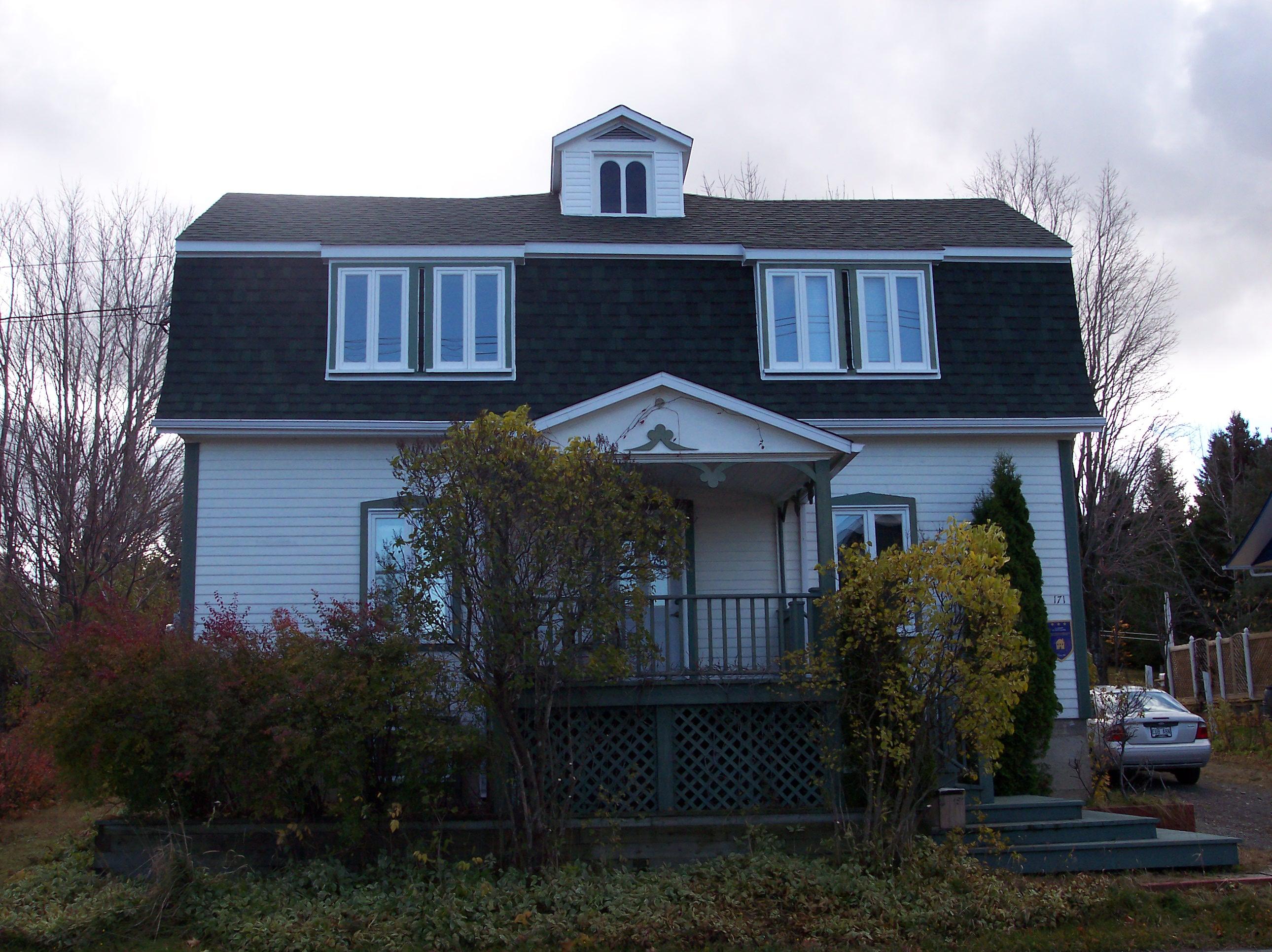 2558 - 171, rue de Sainte-Cécile-du-Bic
