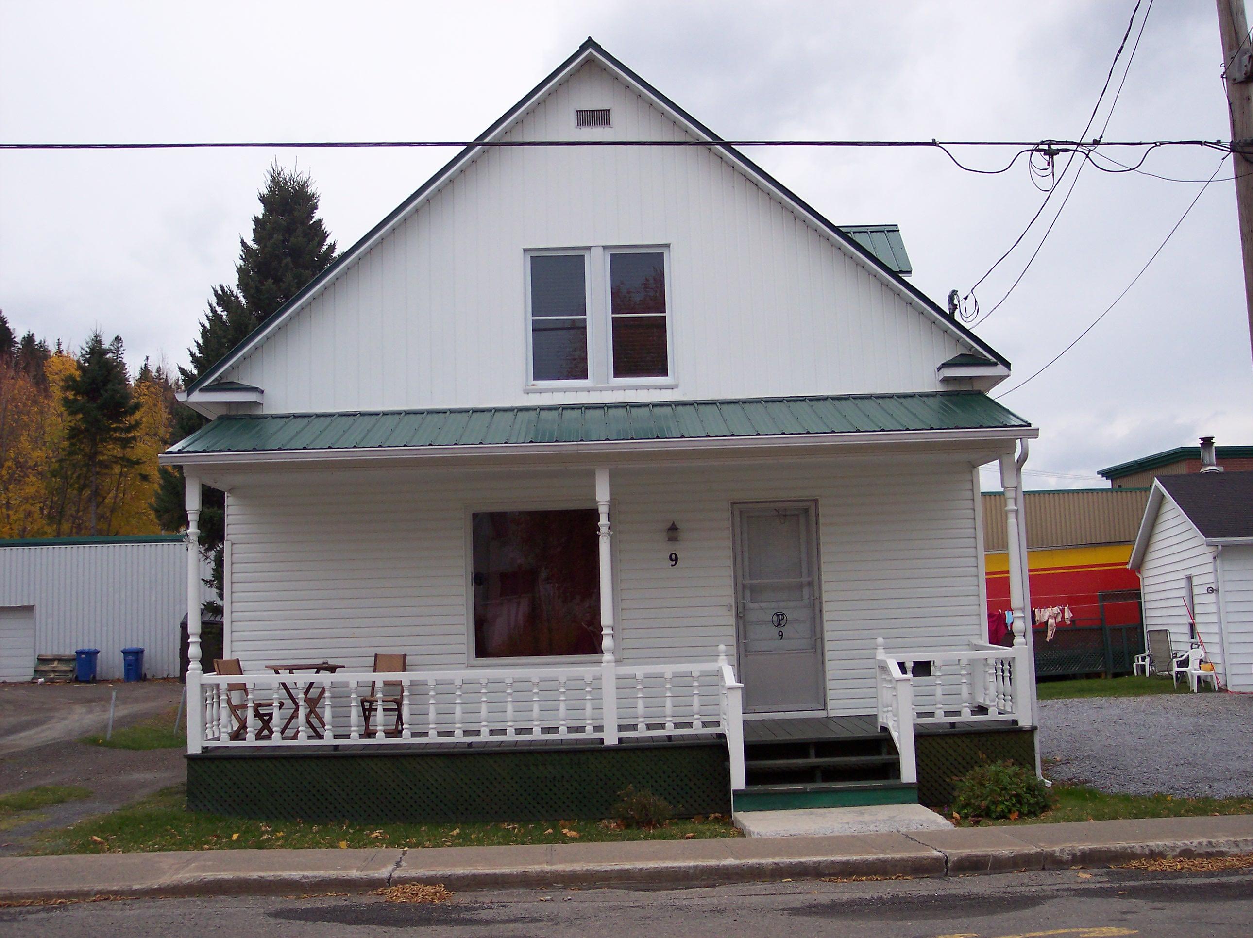 3191 - 9, avenue de l'Église
