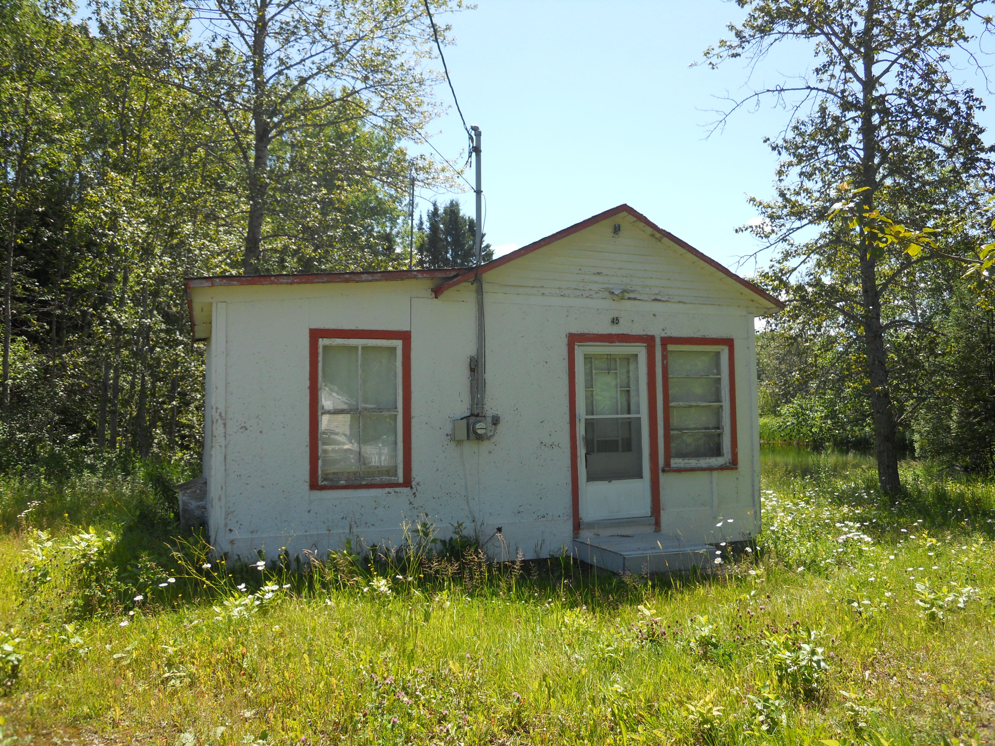 3323 - 45, chemin du Lac-Linda
