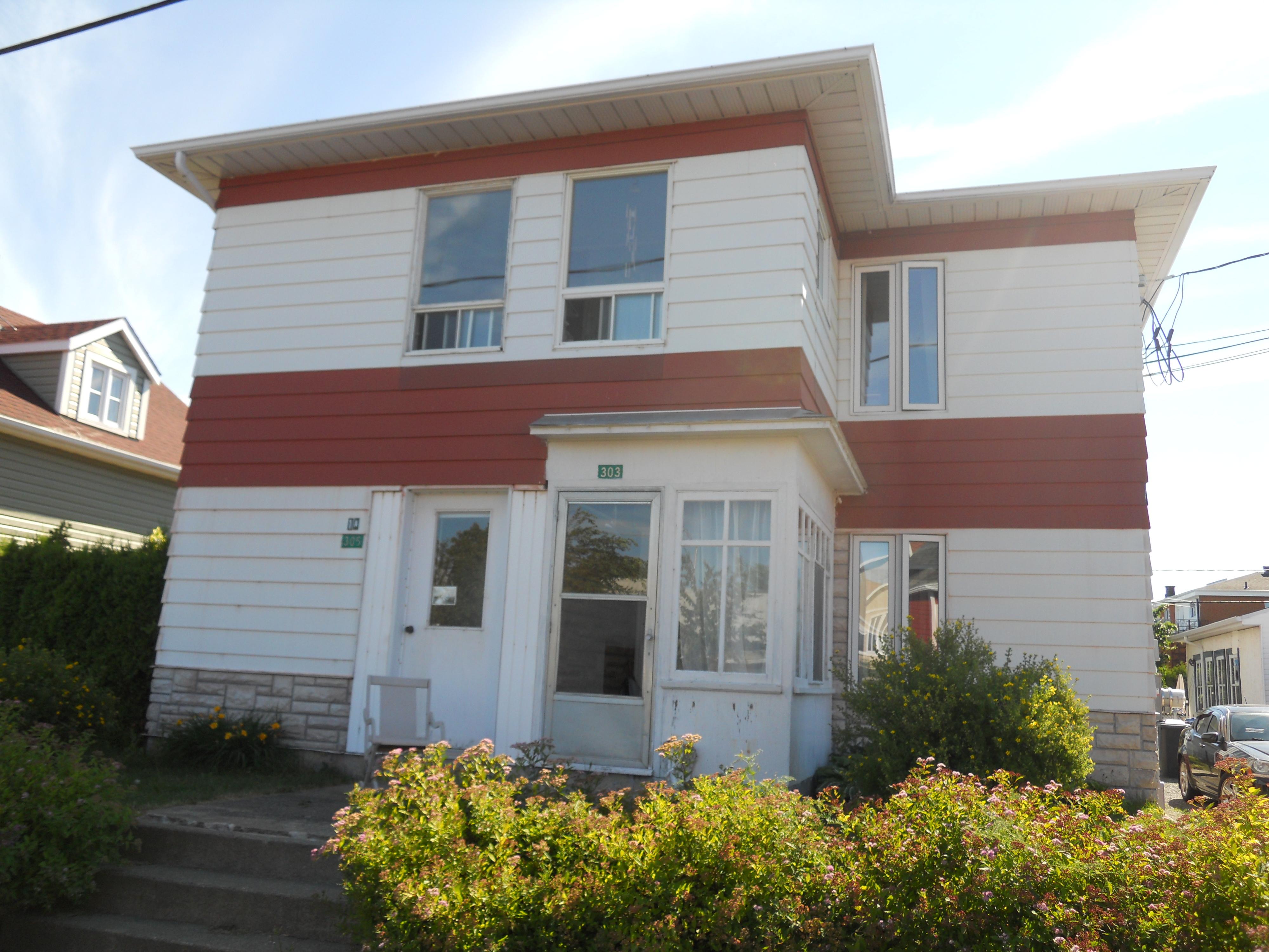 3404 - 303-305, rue Bélanger