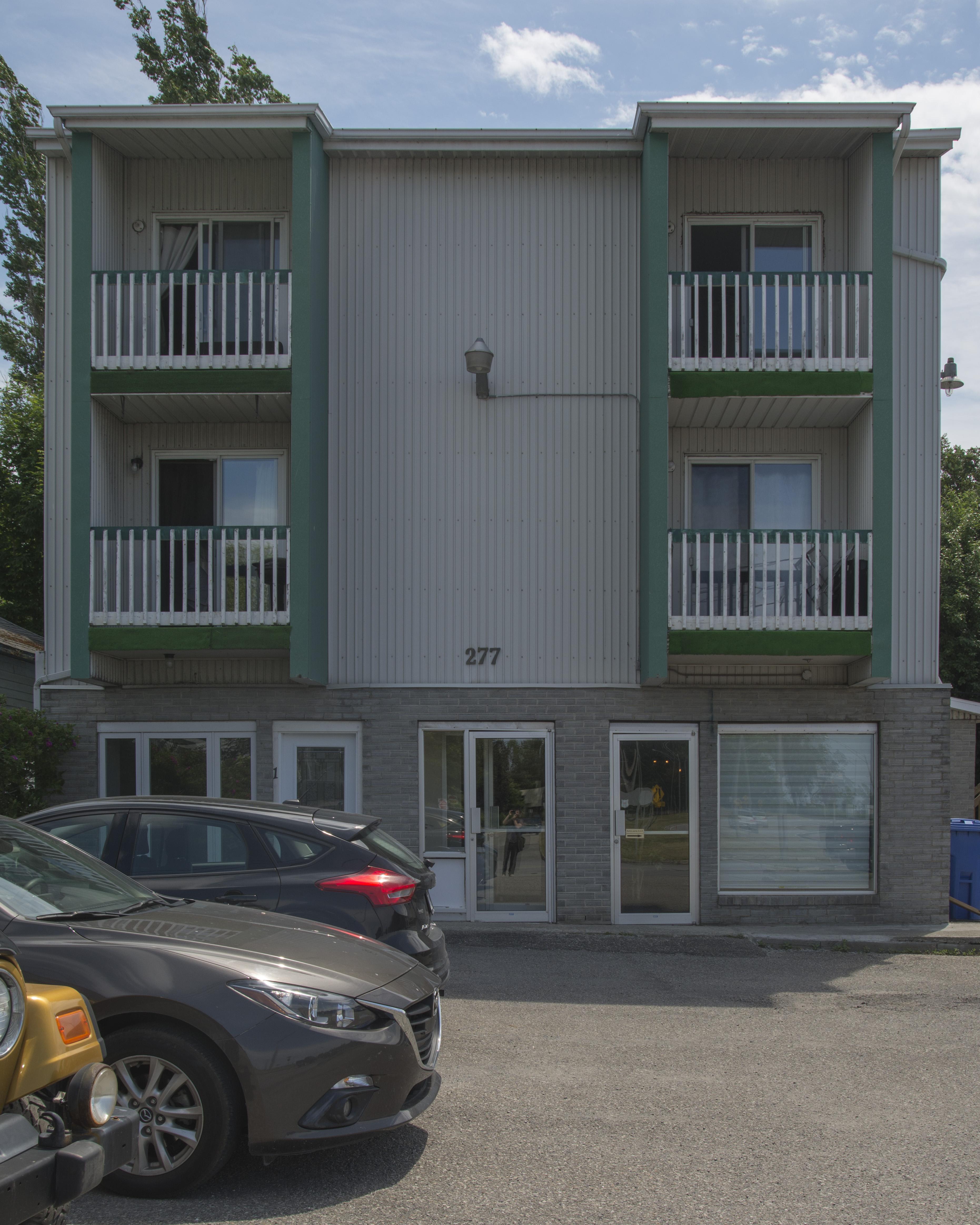 466 - 277, rue de l'Évêché Ouest