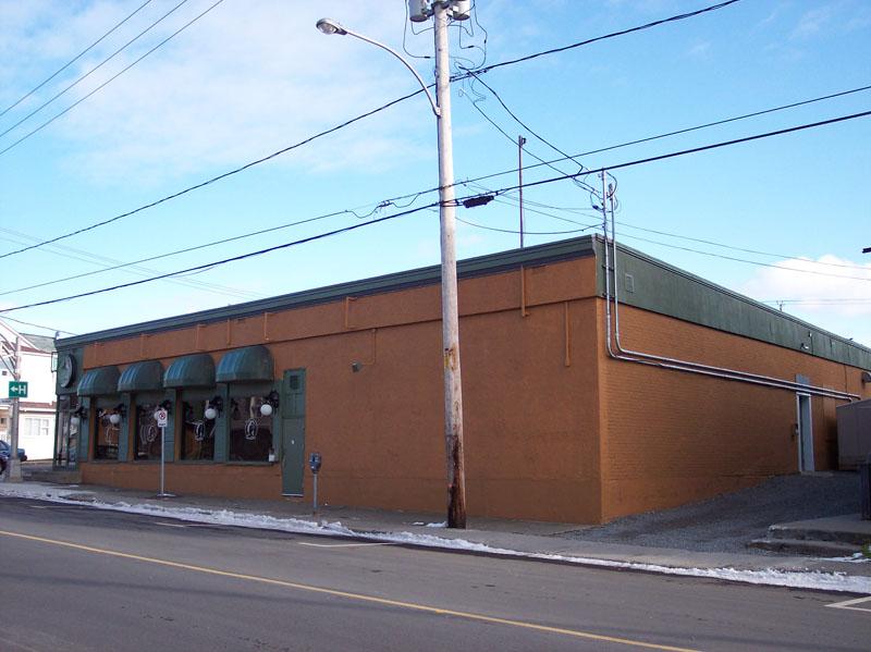 489 - 155, rue de l'Évêché Ouest