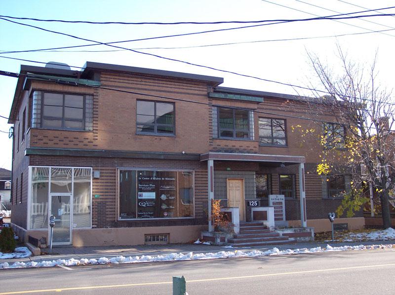 494 - 123-125, rue de l'Évêché Ouest